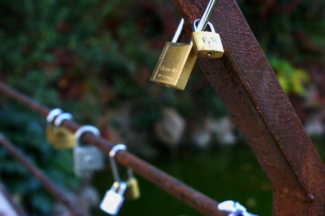 ciutadella barcelona lovers lock