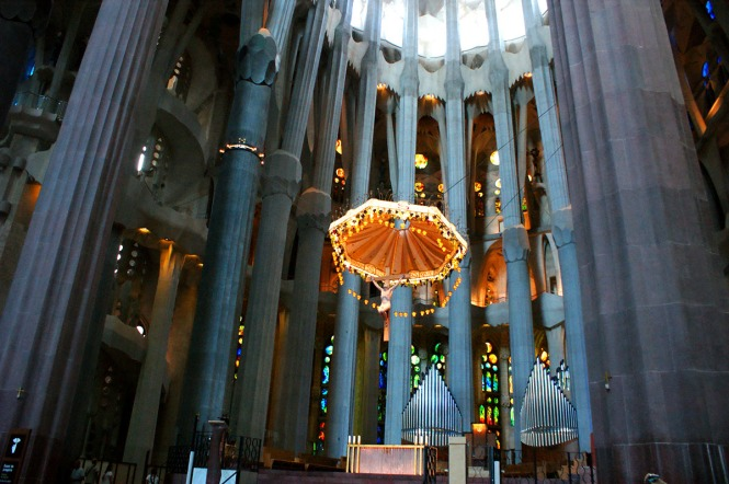 The altar of la Sagrada Familia