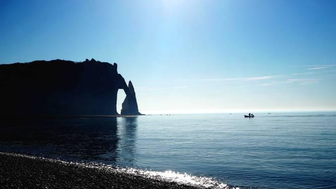 falaise etretat plage sea cliff